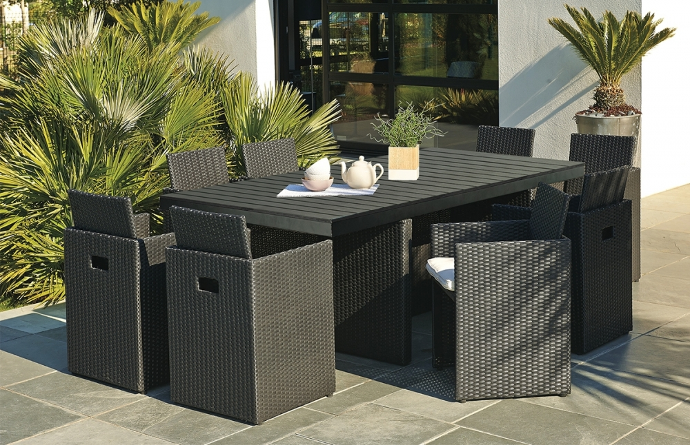 table jardin composite maison design. Black Bedroom Furniture Sets. Home Design Ideas